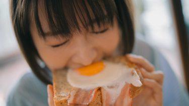 モデル岡崎紗絵が編集長となり、電子写真集『月刊 #さえ沼』を発売
